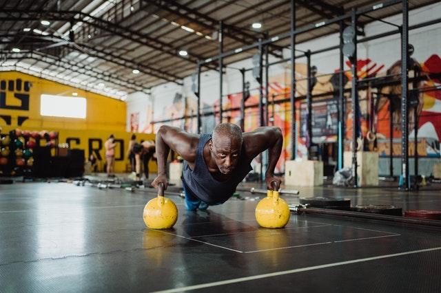 Die drei wichtigsten Übungen im Kontext  die äußere Beinmuskulatur